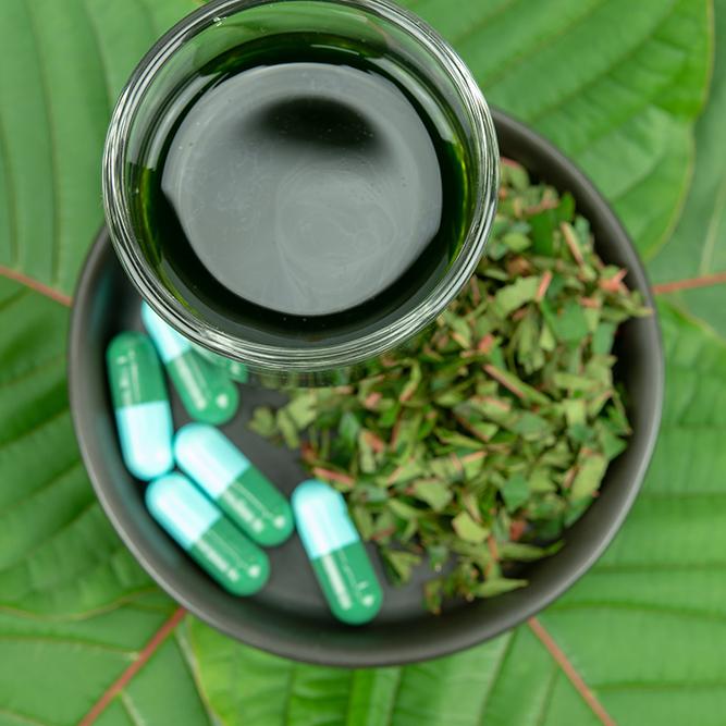 Kratom leaves, kratom capsules, kratom extract